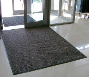 Брудозахисні покриття для підлоги