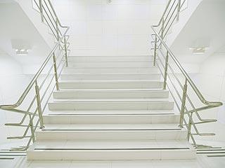 Накладки на сходи купити